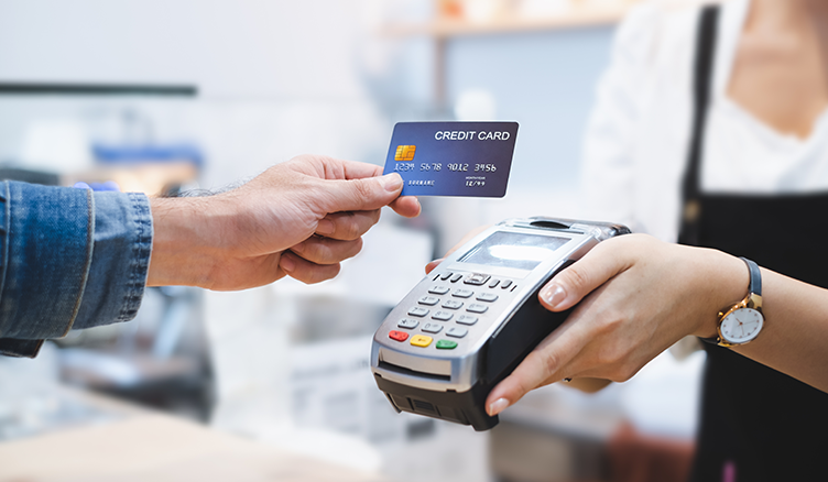 What Do You Need to Know Before Getting Your First Credit Card? | MIM Blog